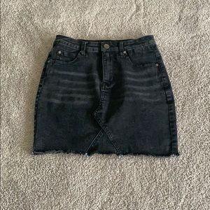 Dresses & Skirts - NWOT Black Denim Skirt